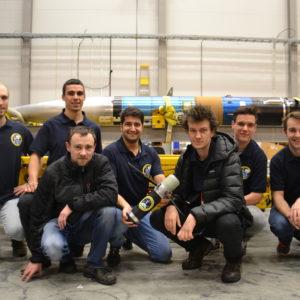 Gruppenfoto vor der Payloadsection von REXUS23